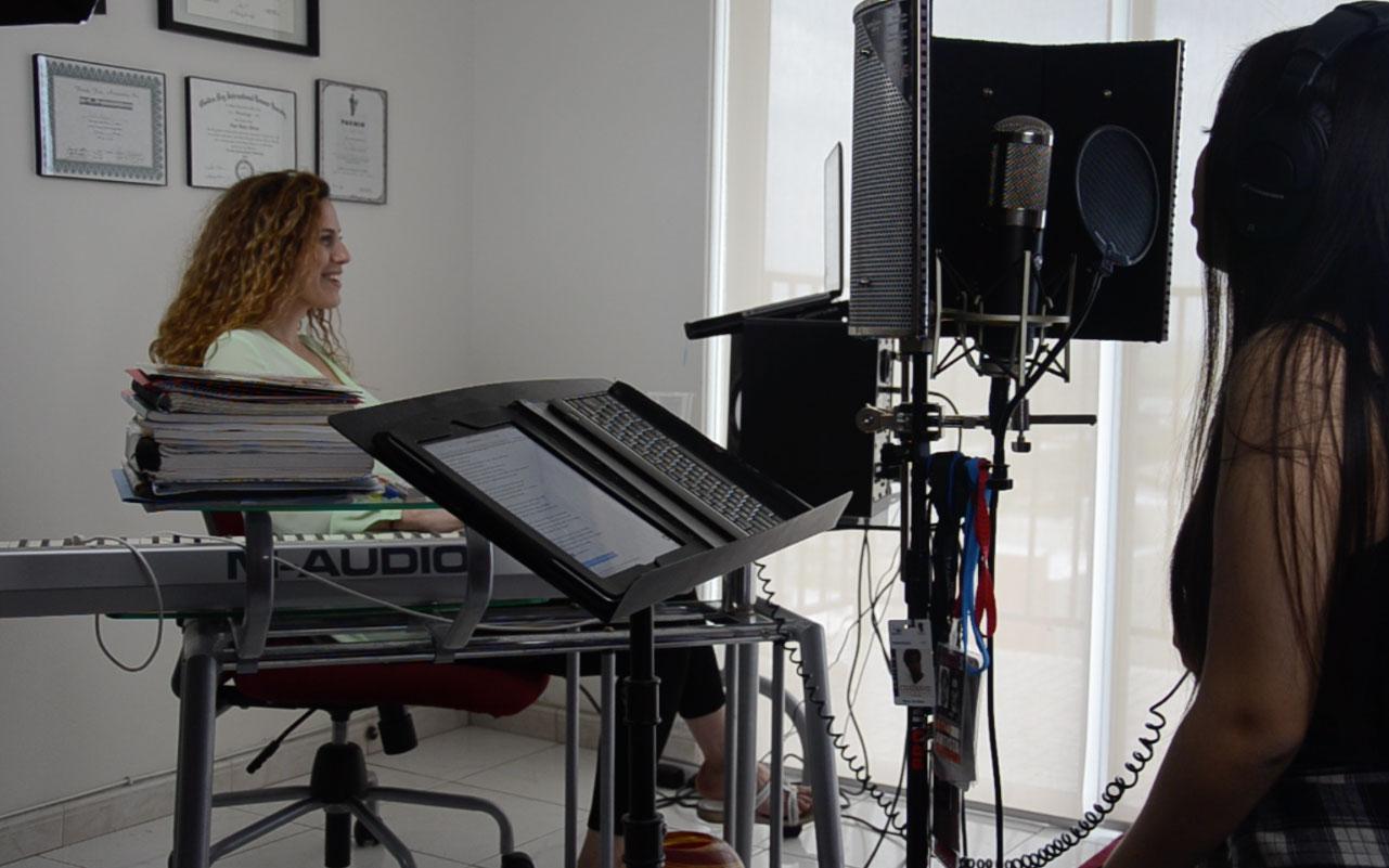 ana-belen-abreu-a-b-a-music-studio12